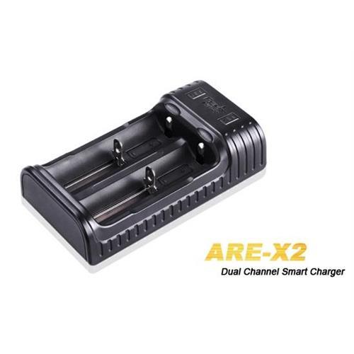 caricabatterie-fenix-per-batterie-ricaricabilibili-18650-26650