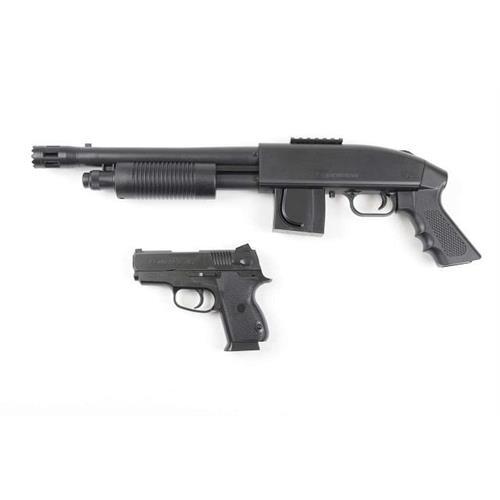 cybergun-kit-fucile-a-pompa-mossberg-m500-e-pistolla-c45-a-molla