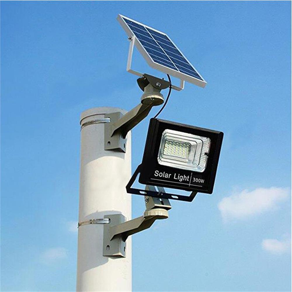 faro-led-15000-lumen-con-pannello-solare-sensore-crepuscolare-e-telecomando_medium_image_2