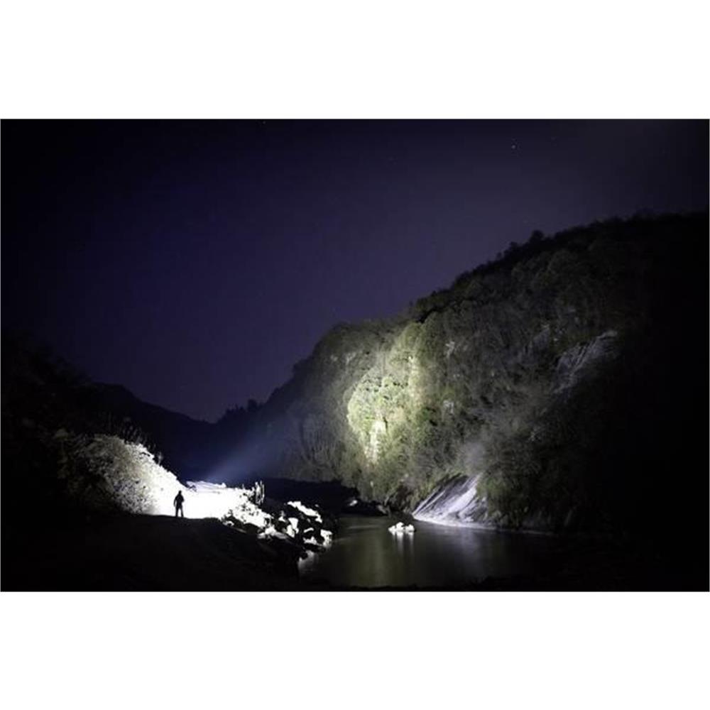 olight-x9r-marauder-led-torcia-lunghissimo-raggio_medium_image_8